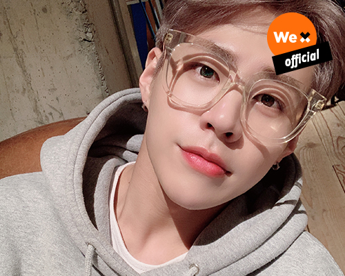 [IMFACT] Exclusive! Selca arrived from TAEHO💝